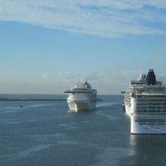 Mazatlan 4 ships