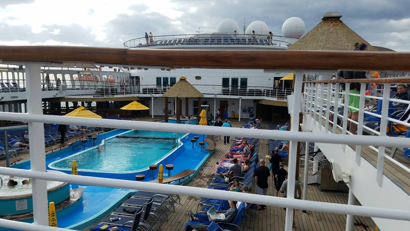 Carnival Ecstasy, Pools, Resort Style Pool