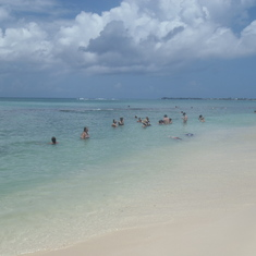 Tiki Beach, Grand Cayman
