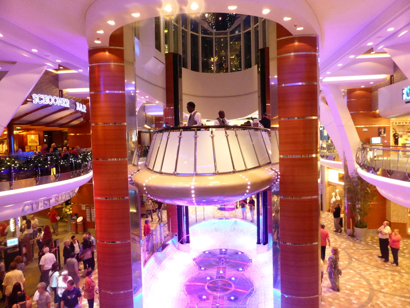Rising Bar in Operation - Allure of the Seas