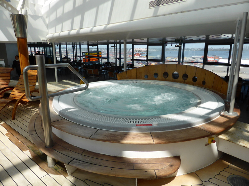 Inside whirlpool - Celebrity Summit