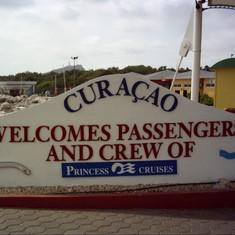 Ricky Hanson Cruise Curacao