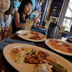 Long Beach (Los Angeles), California - in buffet