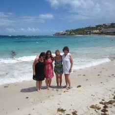 St Maarten dawn beach