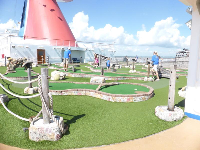 Miniature Golf - Carnival Dream