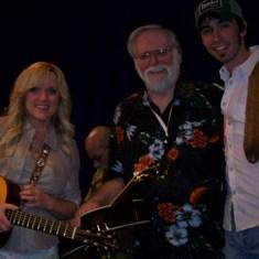 Rhonda, Me & Mo Pitney