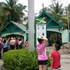 Dunn's River Falls Entrance