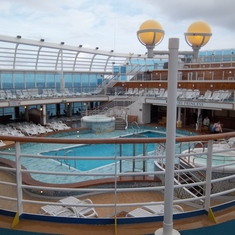 main deck pool and bar