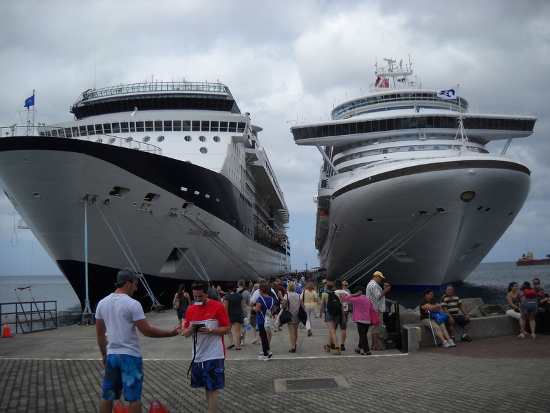 Not twins. - Caribbean Princess