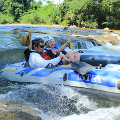 Rafting in Belize