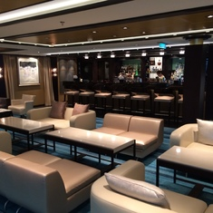 The lounge and bar in the Haven
