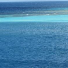 Beautiful blue Caribbean waters in Aruba
