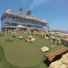 Putt Putt Course Allure of the Seas