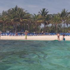 Cococay (Cruiseline's Private Island) - Coco Cay beach