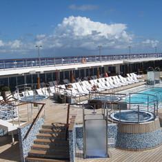 Pool Deck--Seven Seas Mariner
