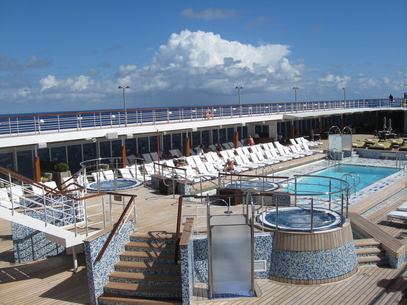 Pool Deck--Seven Seas Mariner  - Seven Seas Mariner