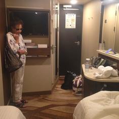 room looking from bed to door