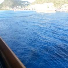 Leavin St. Maarten water so blue!