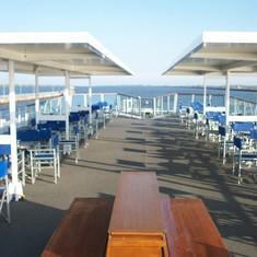 Spacious open top deck