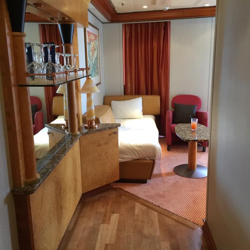 Suite 8268 On Carnival Spirit Category Vs