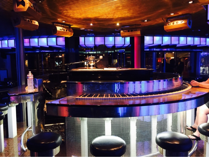 88 Piano Bar on Carnival Fascination