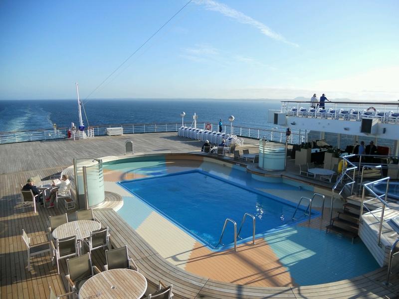 Aquarius Pool on Arcadia