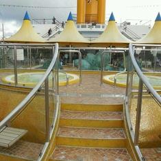 Pool on Costa Deliziosa