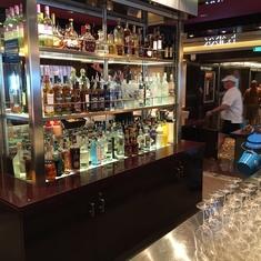 Mixx Bar on Norwegian Breakaway