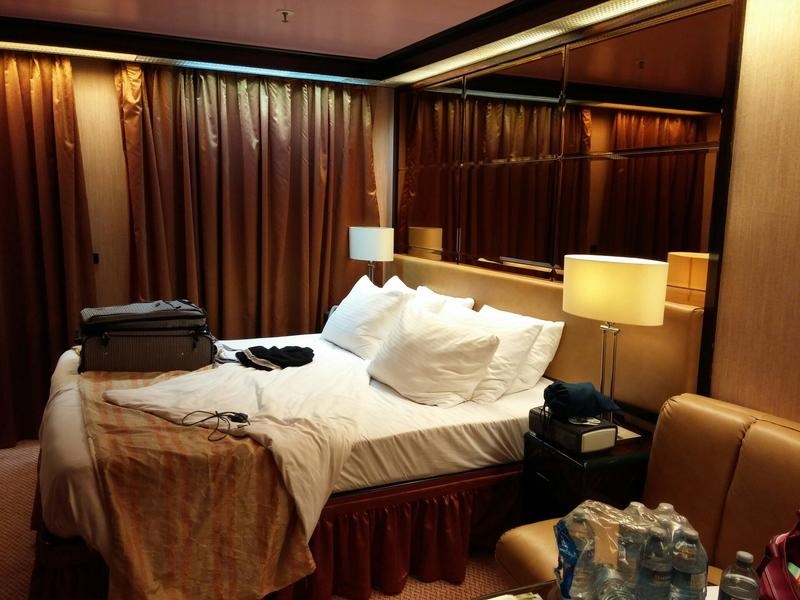 Junior Suite Cabin Category YU Carnival Elation - Elation cruise ship rooms