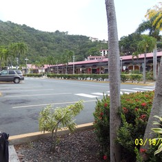 St. Thomas shopping by the dock