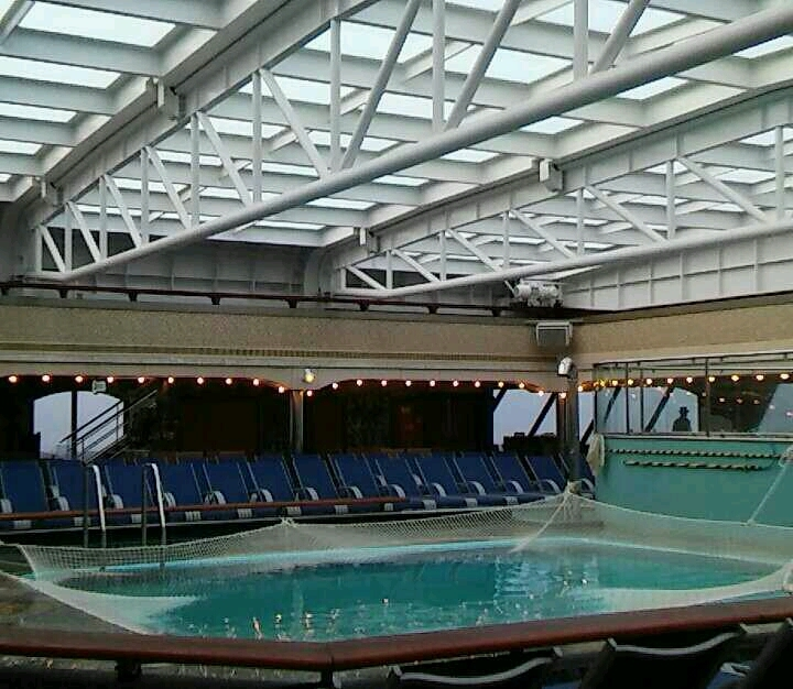 Adult pool - Carnival Liberty