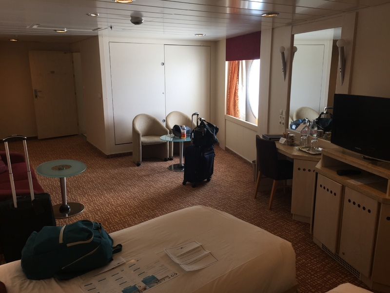 Best and Worst Cabins on Cruise Ships | CruiseMapper