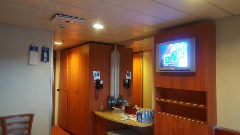 Carnival Ecstasy cabin M254