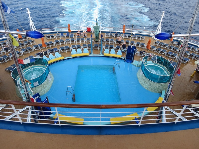 Sunset Pool - Deck 10 - Carnival Dream