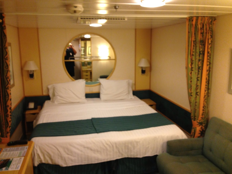 Inside Cabin 6525 On Independence Of The Seas Category Sn