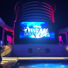 Donald''s Pool on Disney Dream