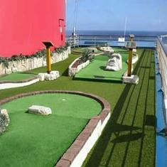Mini Golf on Carnival Freedom
