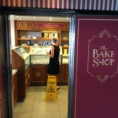 Carlo''s Bake Shop on Norwegian Breakaway