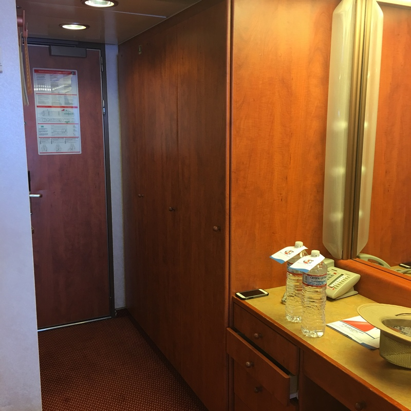 Carnival Miracle cabin 8226