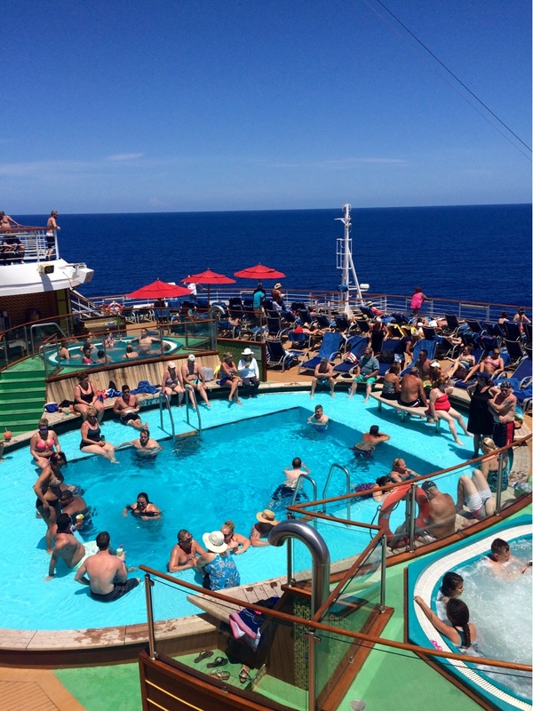 Carnival Magic, Pools, Thalasso Pool
