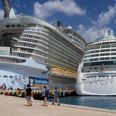 Cozumel next to the OASIS of the Seas
