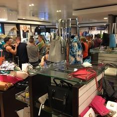 Tides Boutique on Norwegian Breakaway