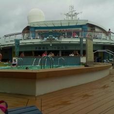 Pool on Serenade of the Seas