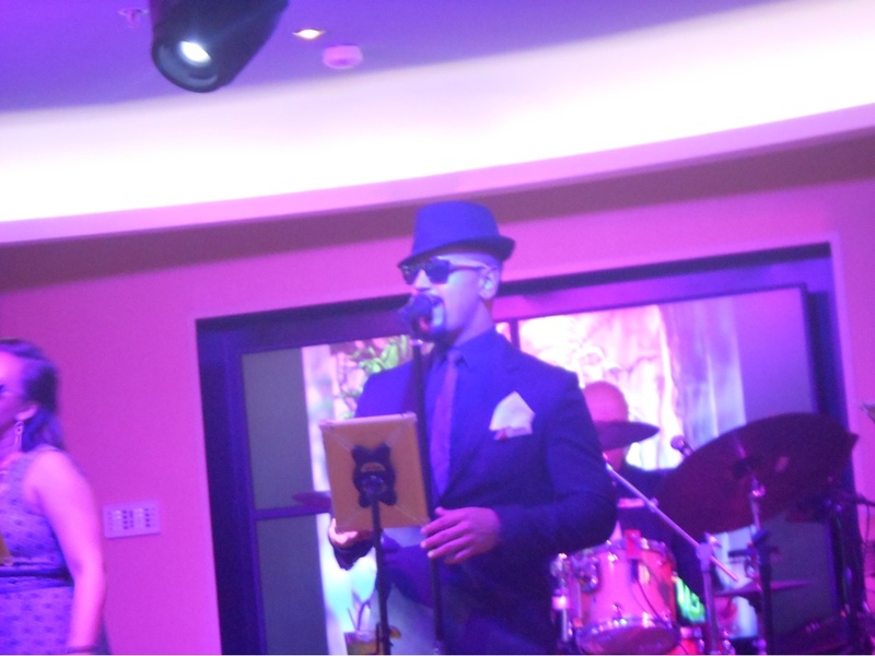 Carnival Sunshine, Entertainment, Liquid Lounge