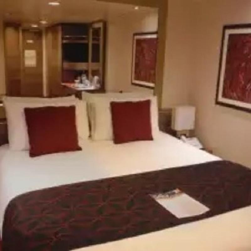 Deck Plan Msc Divina: Inside Cabin 10027 On MSC Divina, Category I2