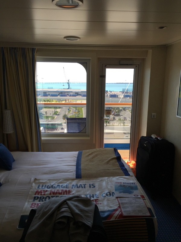 Carnival Breeze cabin 8358