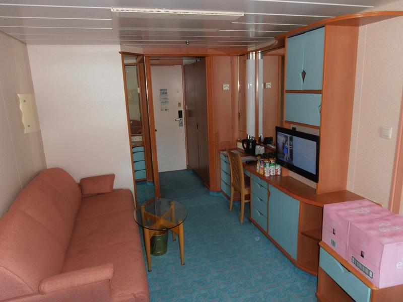 Oceanview Cabin 9518 On Voyager Of The Seas Category Sf