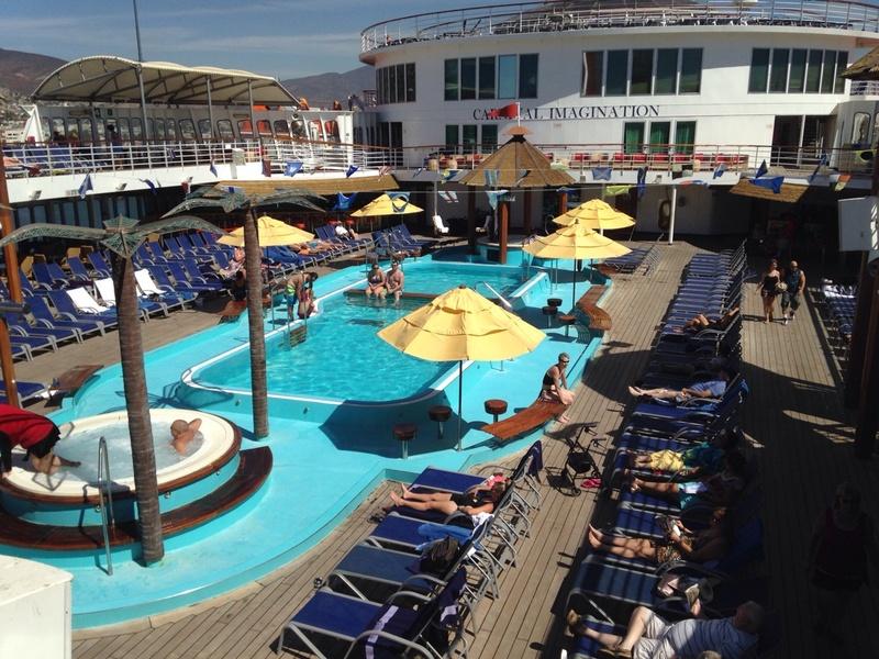Carnival Imagination, Pools, Resort Style Pool