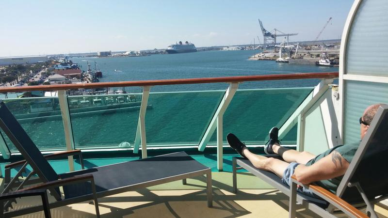 Suite 7168 On Enchantment Of The Seas Category Yu