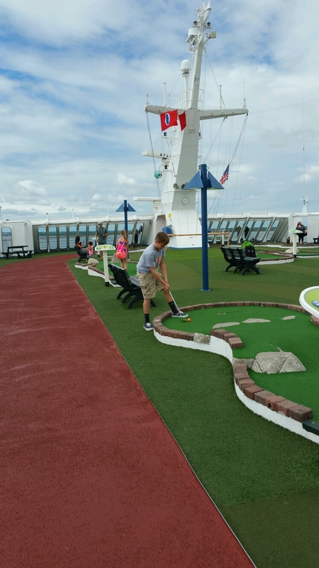 mini golf - Carnival Sensation